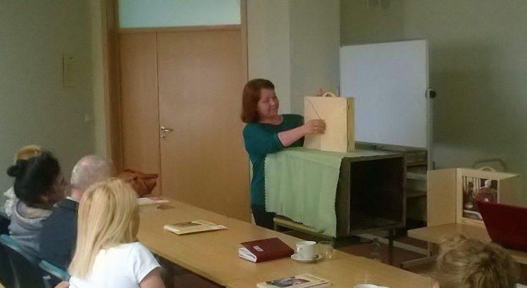 foto bibliotekarz podczas szkolenia